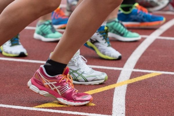 Wearables, pods en sensoren kunnen het sporten makkelijker maken. Zo wordt hardlopen tijdens training of wedstrijd duurzamer en leuker.